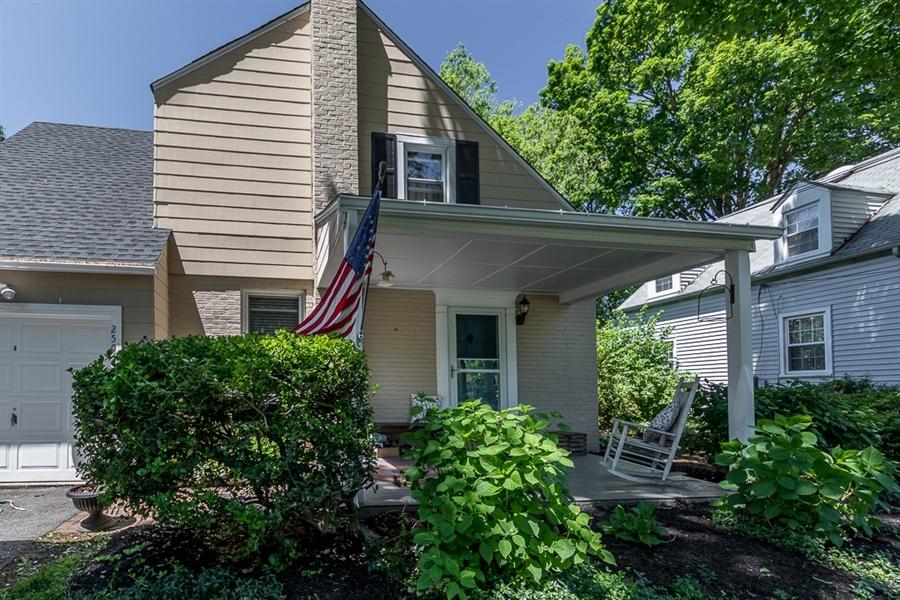 Real Estate Photography - 2506 Carr Ave, Wilmington, DE, 19803 - Location 3