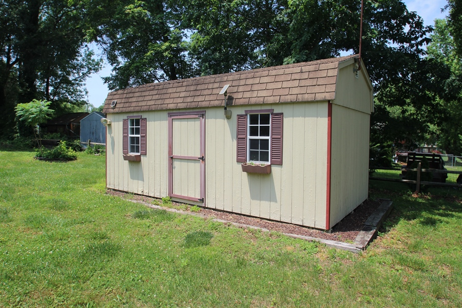 Real Estate Photography - 31 Harbor Road, Chesapeake City, DE, 21921 - Shed