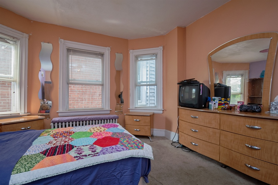Real Estate Photography - 215 W 26th St, Wilmington, DE, 19802 - Location 12