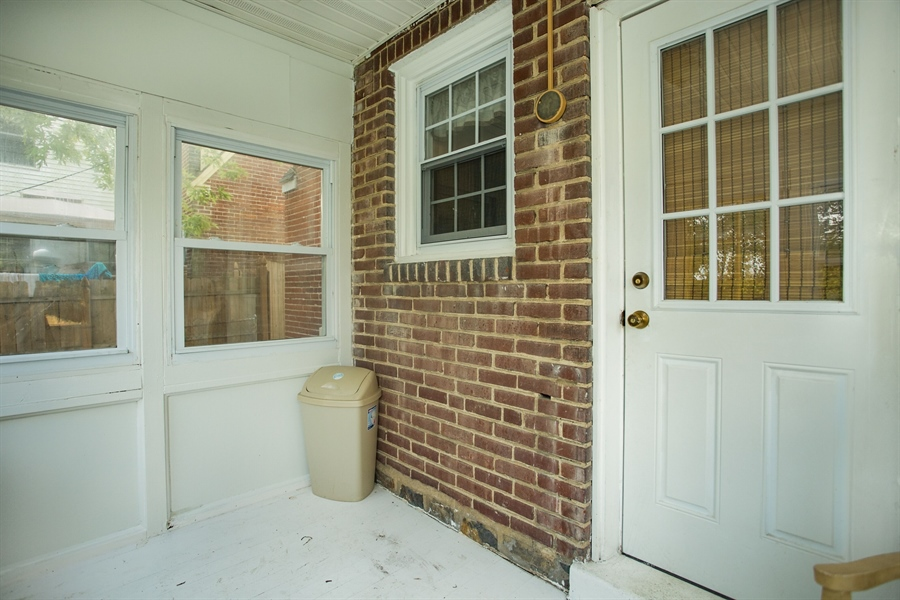 Real Estate Photography - 2 W Salisbury Dr, Wilmington, DE, 19809 - Enclosed Porch
