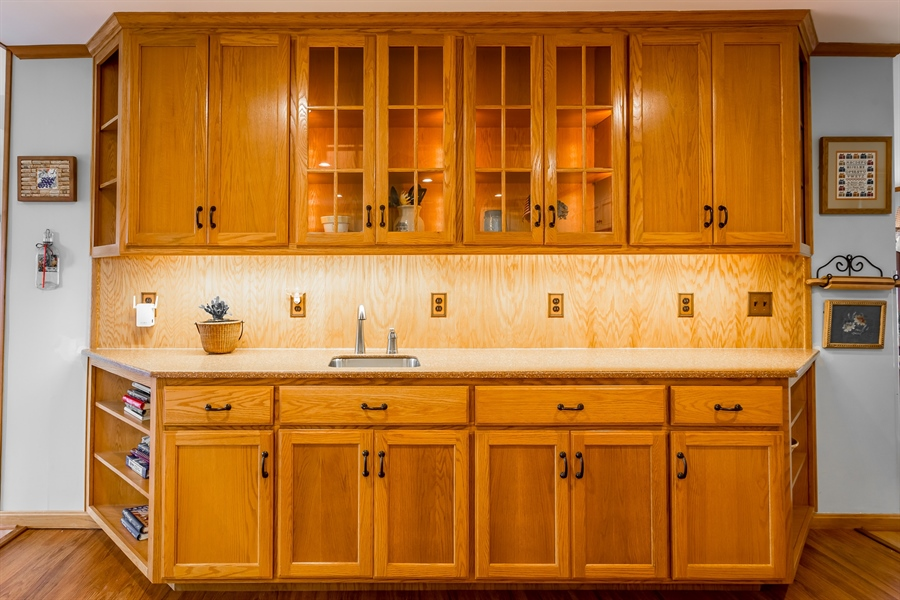Real Estate Photography - 23125 Lakeview Dr, Millsboro, DE, 19966 - Built in buffet for your parties