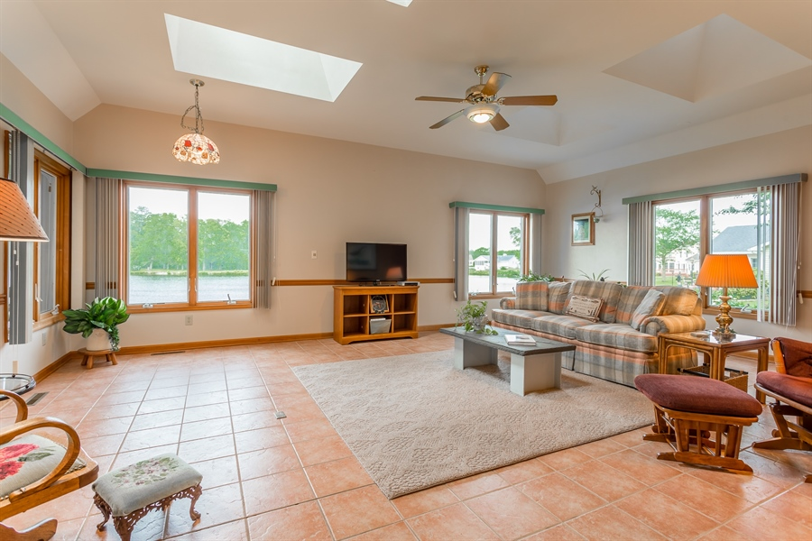 Real Estate Photography - 23125 Lakeview Dr, Millsboro, DE, 19966 - Sunroom on the lake