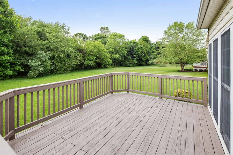 Real Estate Photography - 39 Hempstead Dr, Newark, DE, 19702 - Large Refinished Deck