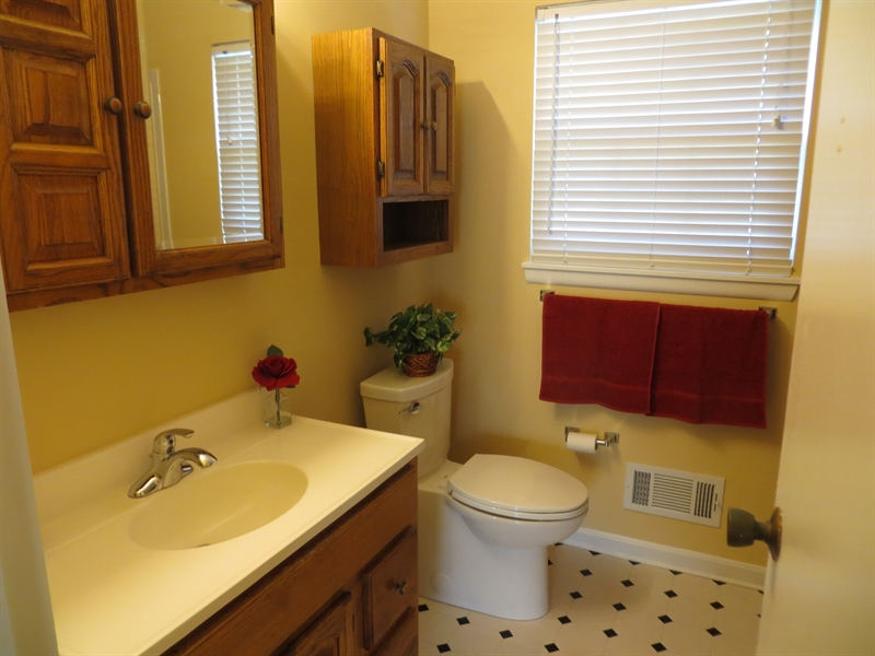 Real Estate Photography - 731 N West St, Dover, DE, 19904 - Updated full bath upstairs