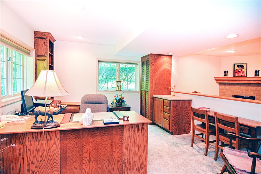 Real Estate Photography - 5 Forest Creek Ln, Wilmington, DE, 19809 - Most office furniture included