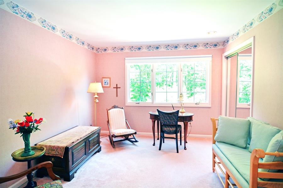 Real Estate Photography - 5 Forest Creek Ln, Wilmington, DE, 19809 - Main bedroom window seat