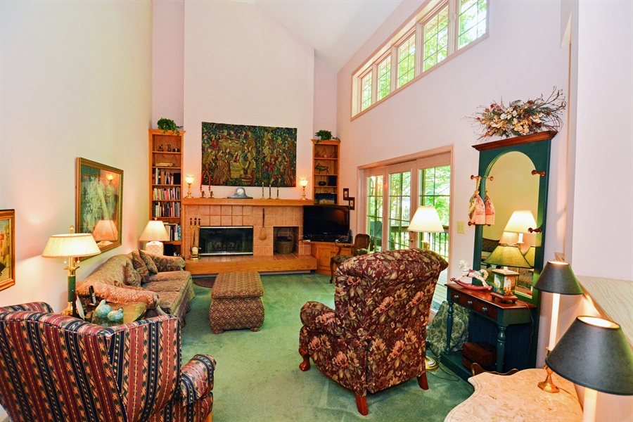 Real Estate Photography - 5 Forest Creek Ln, Wilmington, DE, 19809 - Clear story windows