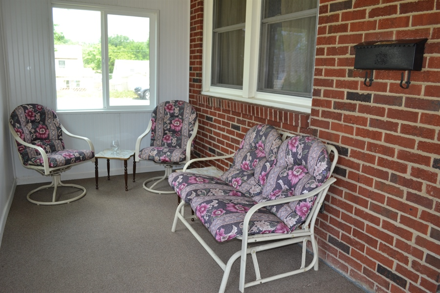Real Estate Photography - 104 Keystone Avenue, Wilmington, DE, 19804 - Front Porch
