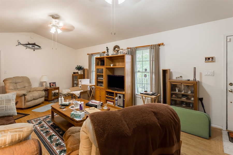 Real Estate Photography - 320 Clearbrooke Blvd, Seaford, DE, 19973 - LIVING ROOM