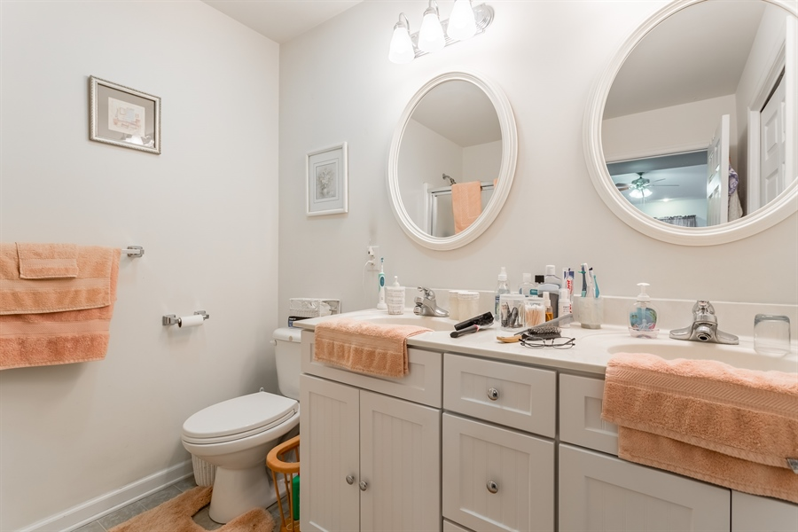 Real Estate Photography - 320 Clearbrooke Blvd, Seaford, DE, 19973 - MAIN BEDROOM SUITE BATHROOM