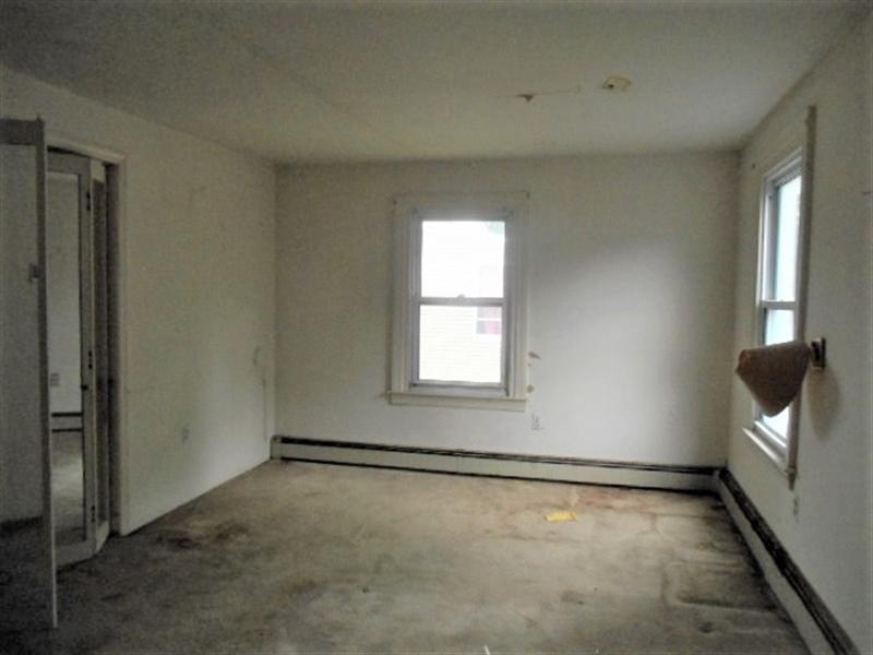 Real Estate Photography - 403 W 29th St, Wilmington, DE, 19802 - Bedroom 1