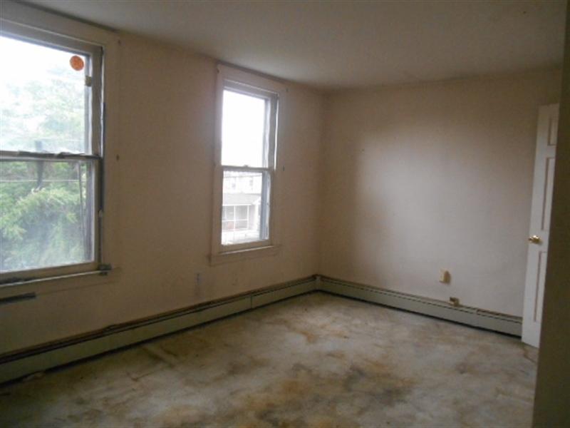 Real Estate Photography - 403 W 29th St, Wilmington, DE, 19802 - Bedroom 2