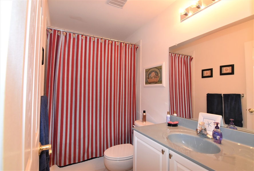 Real Estate Photography - 38399 N Mill Lane #102, 102, Ocean  View, DE, 19970 - Hall Bath