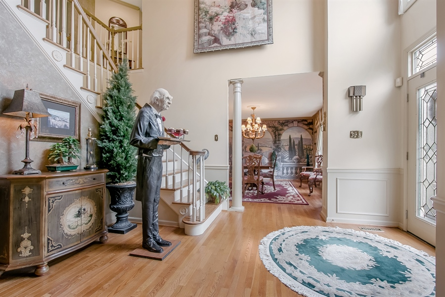 Real Estate Photography - 7 Bayberry Close, Newark, DE, 19711 - Welcoming Foyer