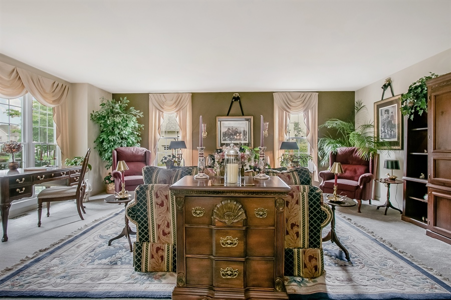 Real Estate Photography - 7 Bayberry Close, Newark, DE, 19711 - Formal Living Room Impresses!