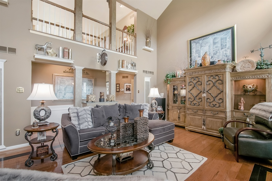 Real Estate Photography - 7 Bayberry Close, Newark, DE, 19711 - Fabulous, Open Two-Story Family Room