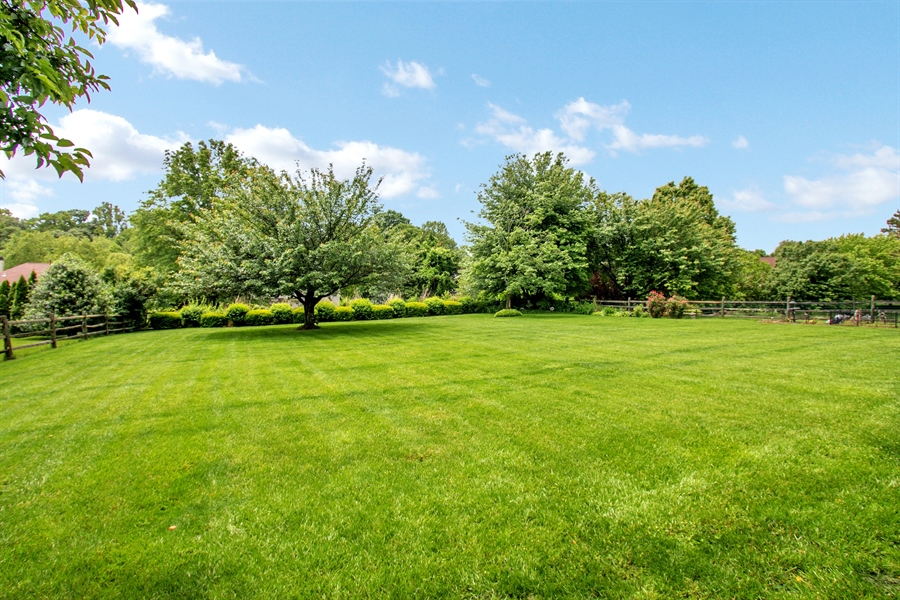 Real Estate Photography - 7 Bayberry Close, Newark, DE, 19711 - Park-Like Setting!