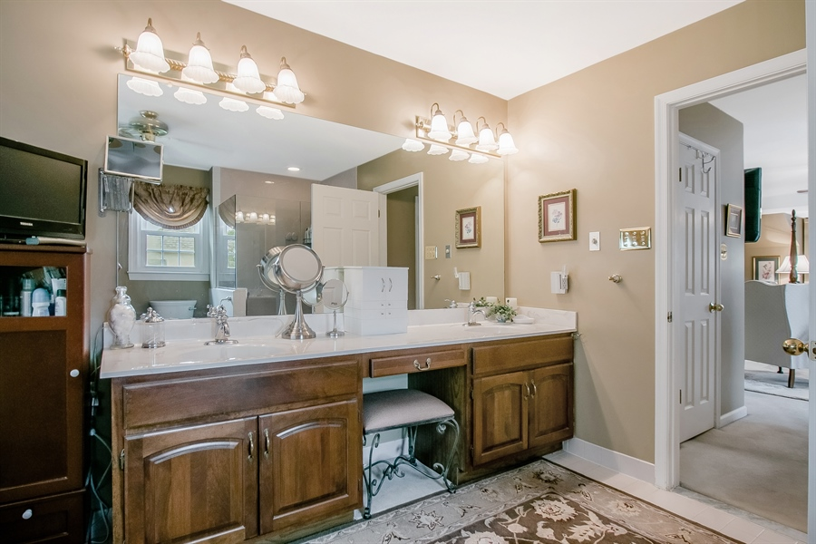 Real Estate Photography - 7 Bayberry Close, Newark, DE, 19711 - Double Vanity!