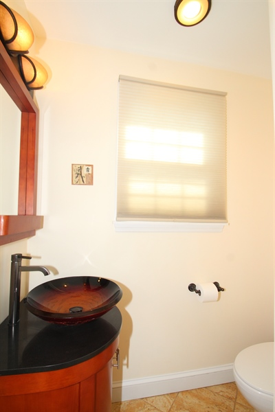 Real Estate Photography - 3 S Dillwyn Rd, Newark, DE, 19711 - Powder Room