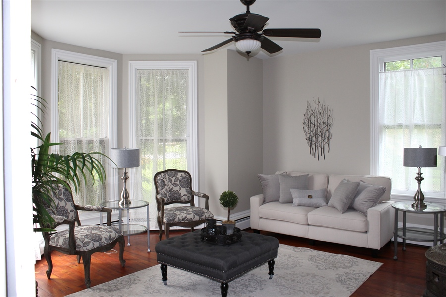 Real Estate Photography - 257 E Main St, Elkton, MD, 21921 - Location 10