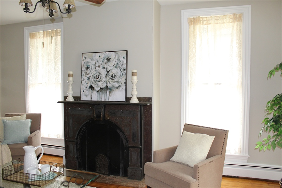 Real Estate Photography - 257 E Main St, Elkton, MD, 21921 - Location 21