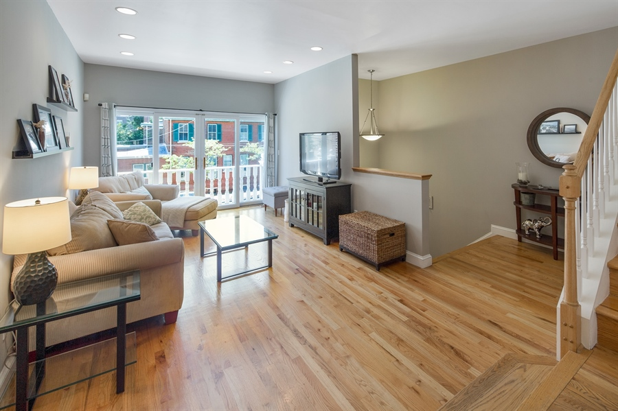 Real Estate Photography - 1411 N Franklin St, Wilmington, DE, 19806 - Bright & Sunny living room