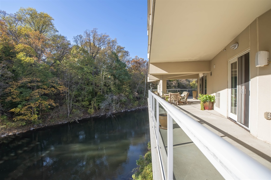 Real Estate Photography - 1702 N Park Drive #18, 18, Wilmington, DE, 19806 - Location 27