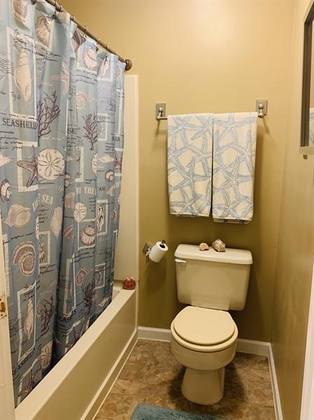 Real Estate Photography - 4603 Birch Cir, Wilmington, DE, 19808 - Full Bath