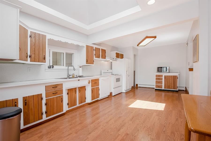 Real Estate Photography - 408 Milmar Rd, Wilmington, DE, 19804 - Abundant Cabinets