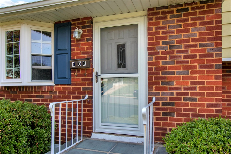 Real Estate Photography - 408 Milmar Rd, Wilmington, DE, 19804 - Welcome Home!