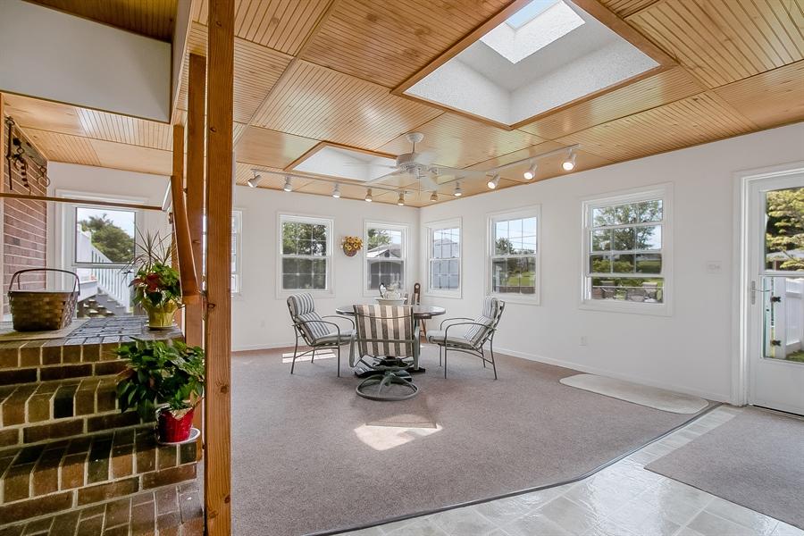 Real Estate Photography - 408 Milmar Rd, Wilmington, DE, 19804 - Enclosed Porch