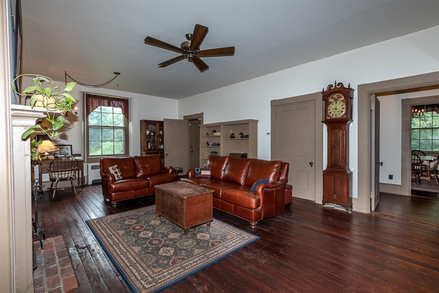 Real Estate Photography - 762 Chambers Rock Rd, Landenberg, PA, 19350 - 2nd floor hallway from rear, 9 foot ceilings!