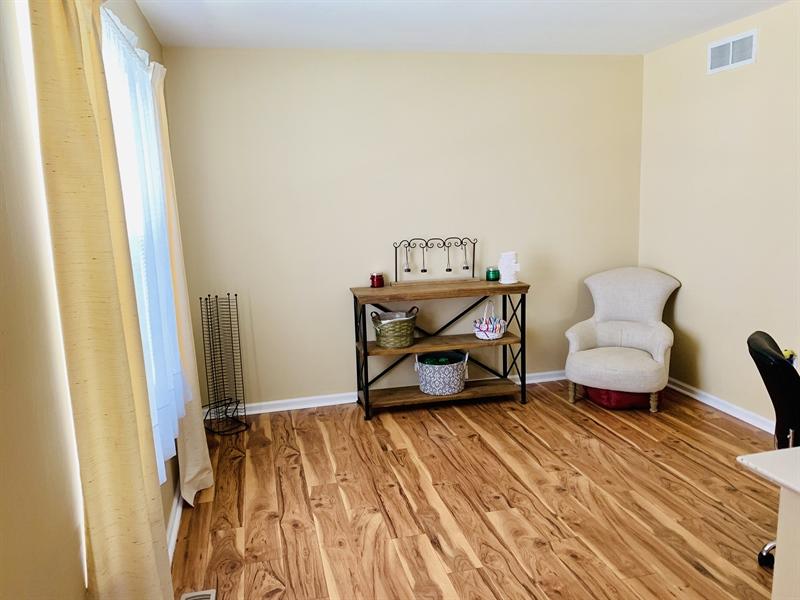 Real Estate Photography - 138 Cornwell Dr, Bear, DE, 19701 - Master Bedroom Sitting Room