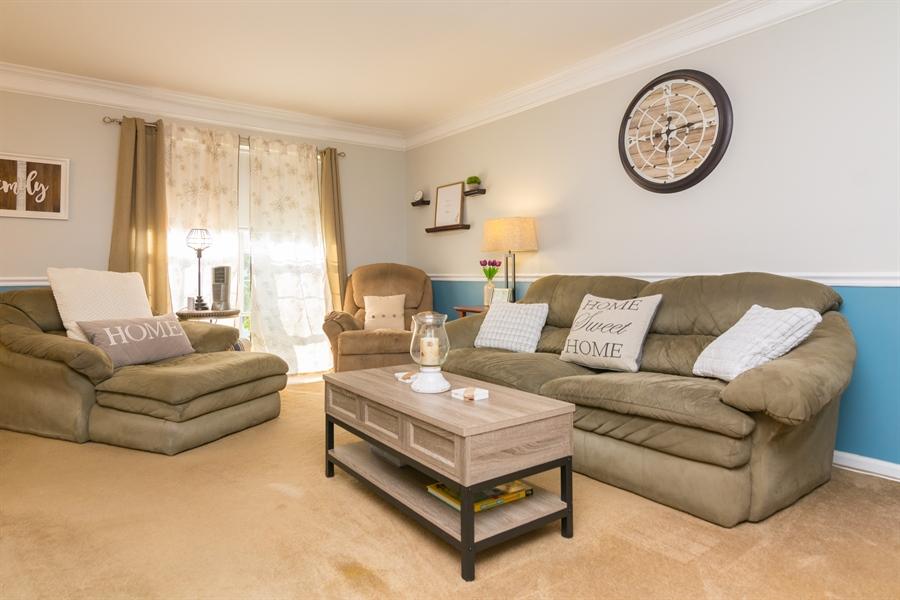 Real Estate Photography - 169 Darling St, Newark, DE, 19702 - spacious living room