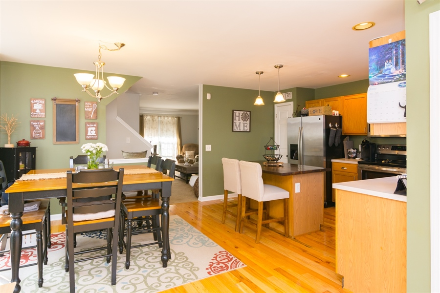 Real Estate Photography - 169 Darling St, Newark, DE, 19702 - lovely kitchen