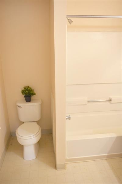 Real Estate Photography - 914 Glackens Ln, Wilmington, DE, 19808 - Master Bathroom