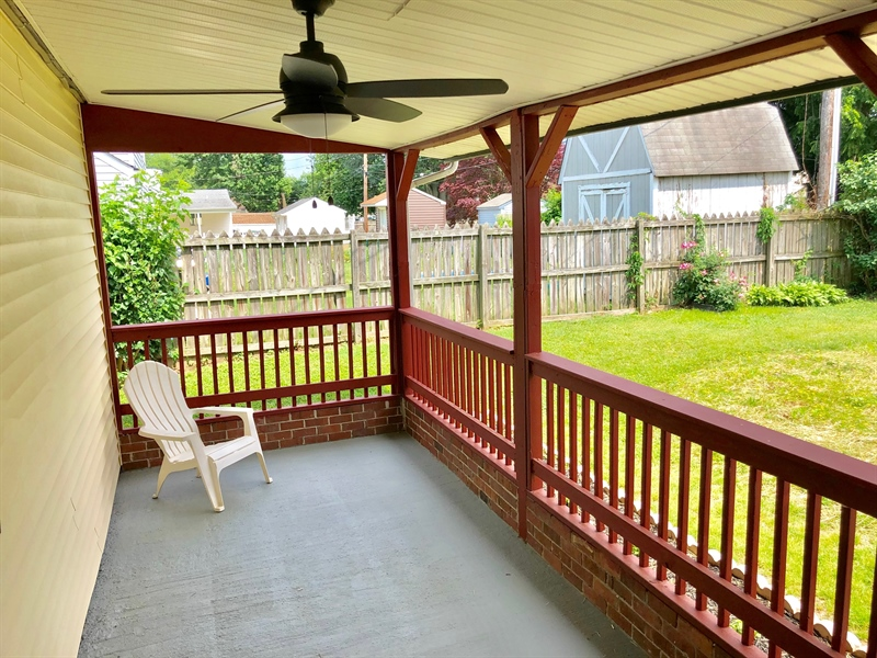 Real Estate Photography - 404 Burnside Blvd, Wilmington, DE, 19804 - Covered Porch