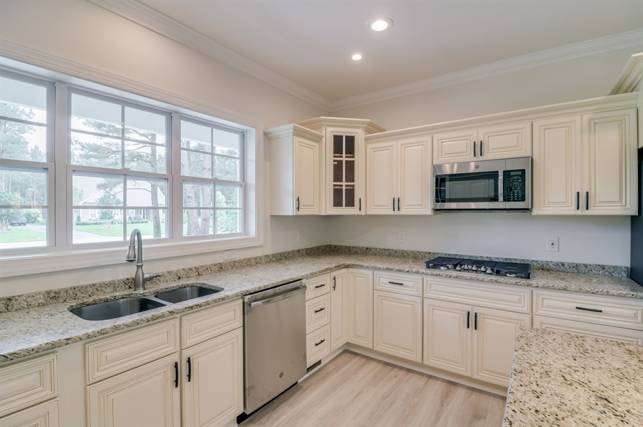 Real Estate Photography - 26180 Tuscany Dr, Millsboro, DE, 19966 - Beautiful Antique White Cabinets