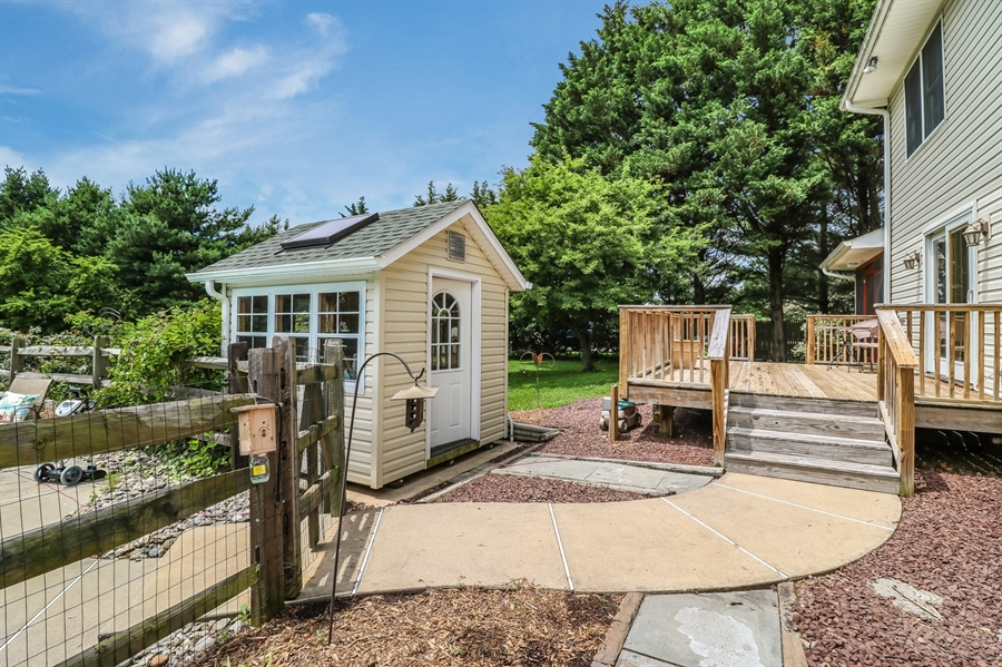 Real Estate Photography - 406 Meadow Ln, Middletown, DE, 19709 - Potting shed