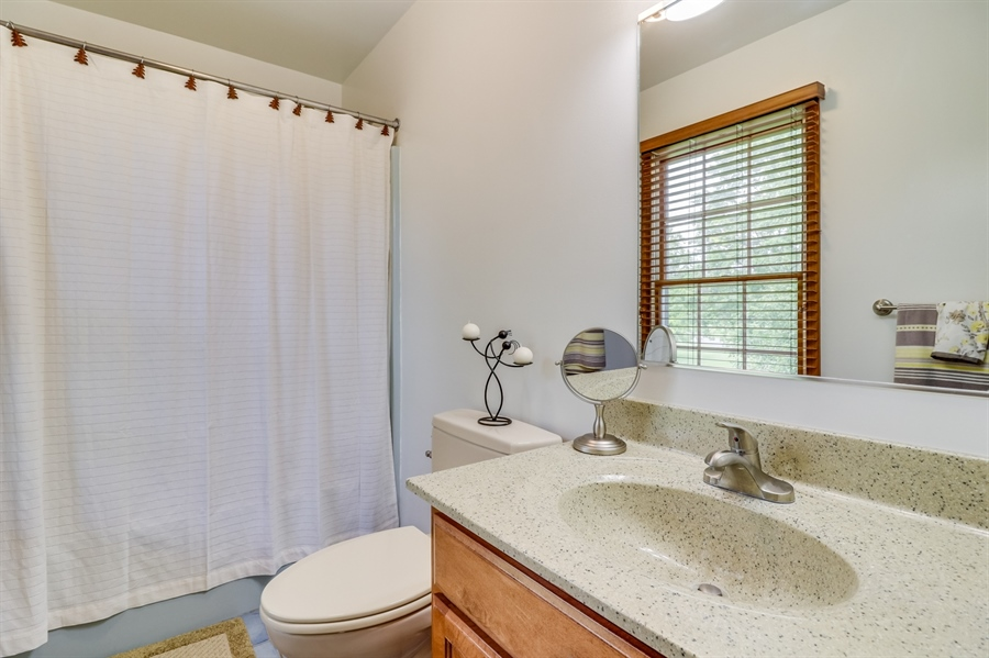 Real Estate Photography - 406 Meadow Ln, Middletown, DE, 19709 - Master bath with dual sinks