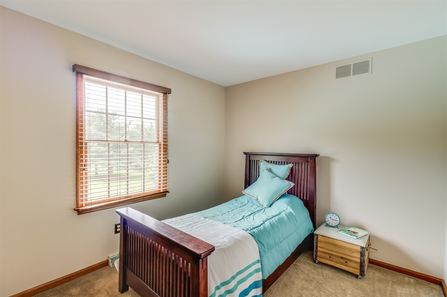 Real Estate Photography - 406 Meadow Ln, Middletown, DE, 19709 - 3rd bedroom