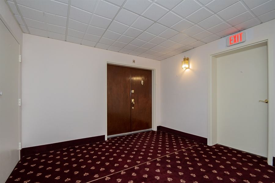Real Estate Photography - 614 Loveville Rd, Hockessin, DE, 19707 - Elevator Area In The Lobby
