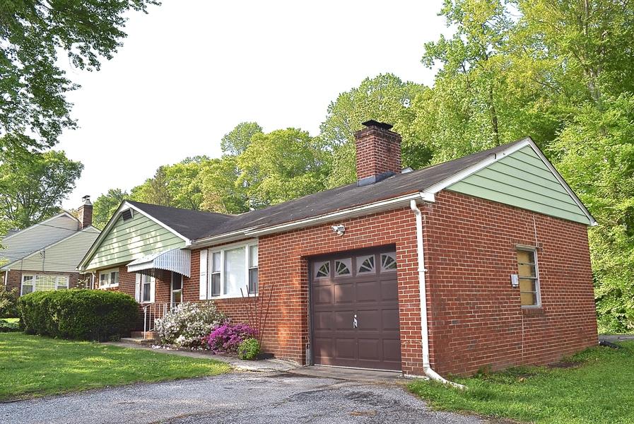 Real Estate Photography - 2907 Duncan Rd, Wilmington, DE, 19808 - Location 2
