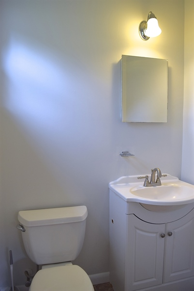 Real Estate Photography - 2907 Duncan Rd, Wilmington, DE, 19808 - Powder Room