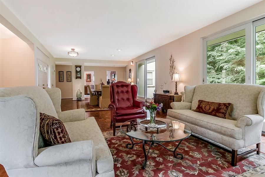 Real Estate Photography - 2 Walnut Ridge Rd, Greenville, DE, 19807 - Living Room