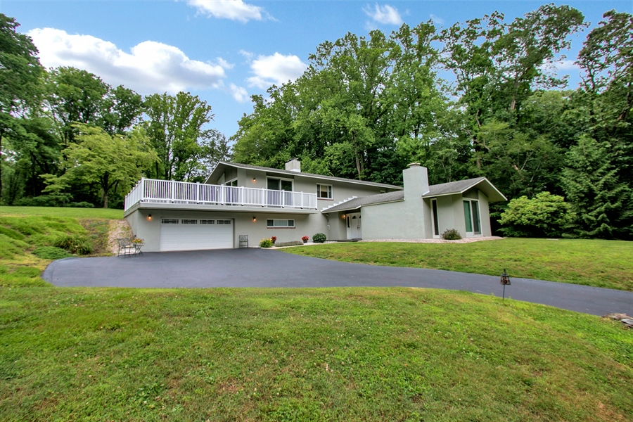 Real Estate Photography - 2 Walnut Ridge Rd, Greenville, DE, 19807 - Nestled in the Hill