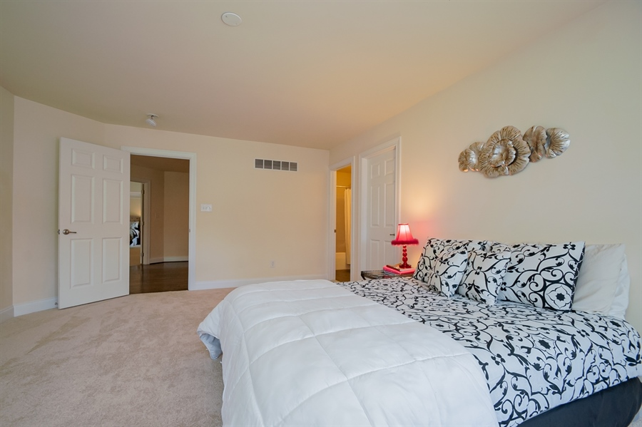 Real Estate Photography - 131 Ayrshire Dr, Landenberg, PA, 19350 - Upstairs Bedroom Suite 1