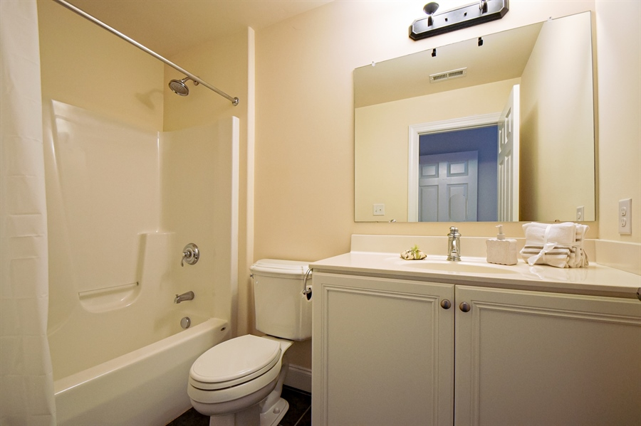Real Estate Photography - 131 Ayrshire Dr, Landenberg, PA, 19350 - Upstairs Bedroom Suite 1 Bathroom