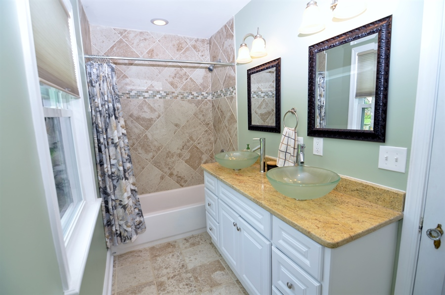 Real Estate Photography - 312 S Dupont Rd, Wilmington, DE, 19805 - First Floor Full Bath