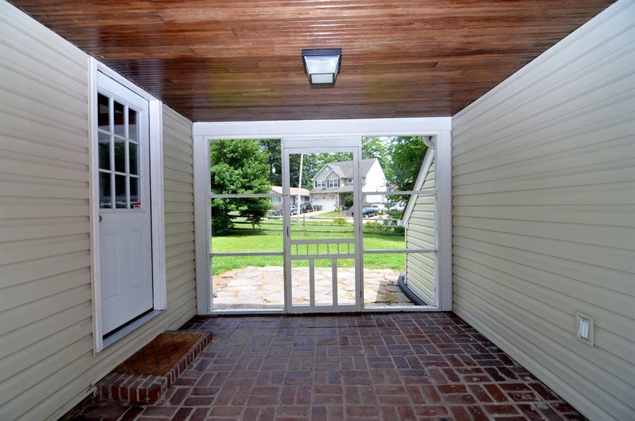 Real Estate Photography - 312 S Dupont Rd, Wilmington, DE, 19805 - Porch